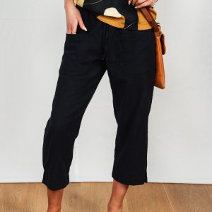 SS21 Navy Cropped Pant w Navy retro blouse