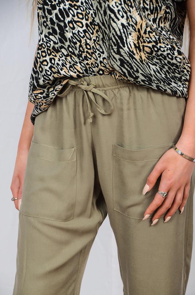 SS21 Sage Cuff Pant close up